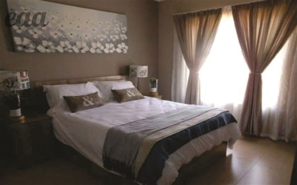2 Bed Apartment 4 Sale in Moregloed